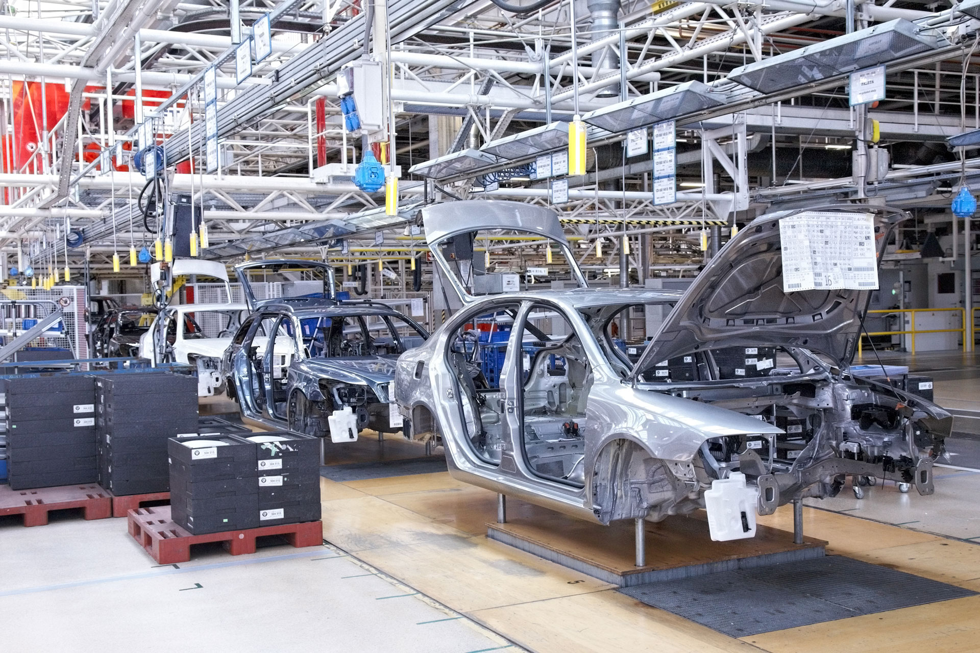 car_factory_img1