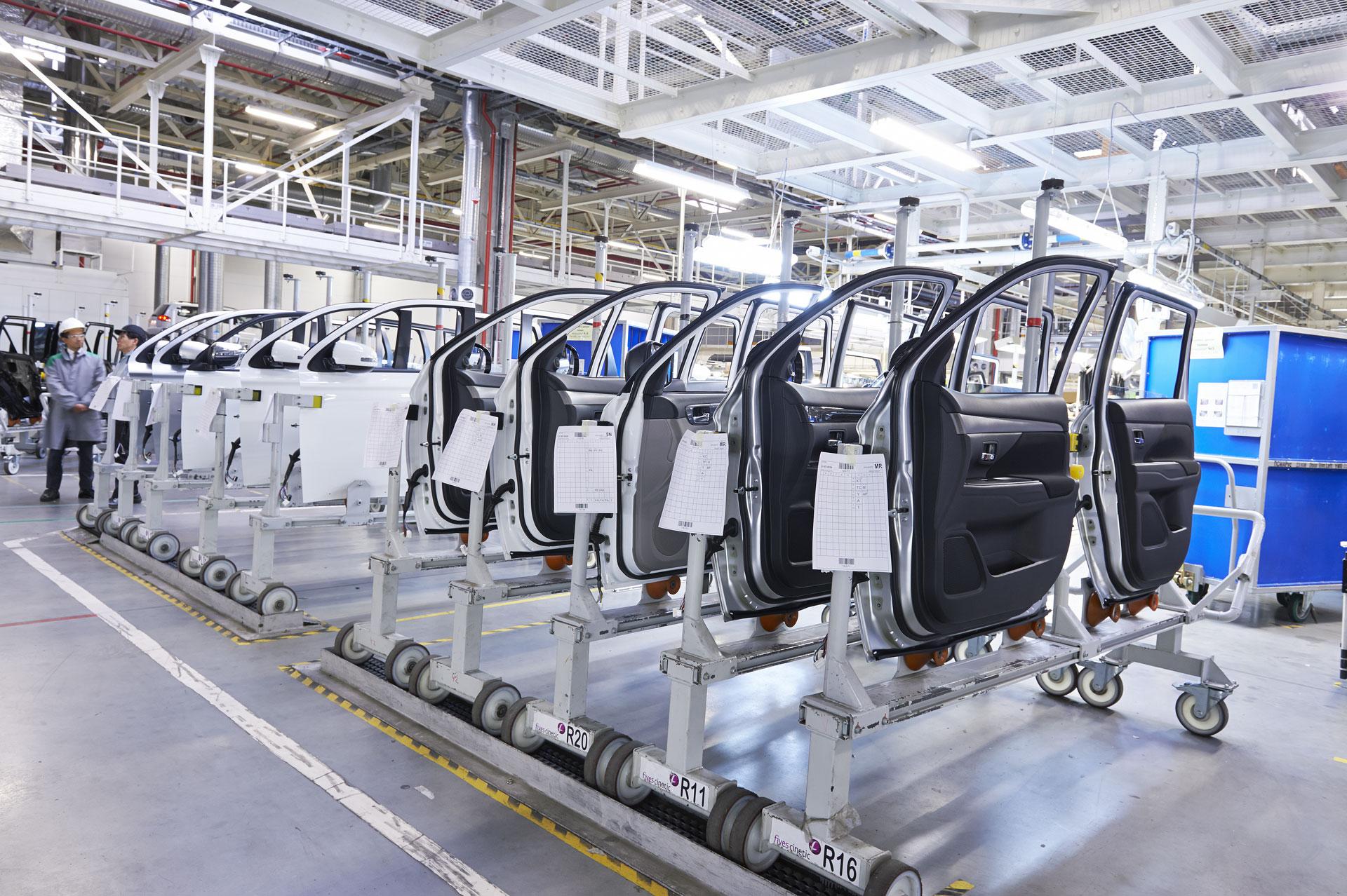 car_factory_img4